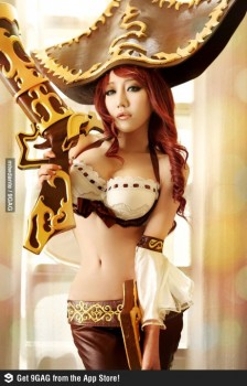 Cosplays Go ! - Page 3 98dafd237481961