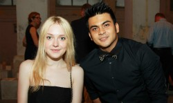 Dakota Fanning / Michael Sheen - Imagenes/Videos de Paparazzi / Estudio/ Eventos etc. - Página 6 Fbde5a253983559