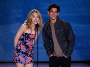 Bridgit Mendler - Teen Choice Awards 2013 at Gibson Amphitheatre in Universal City   11-08-2013    26x updatet E61216270069659
