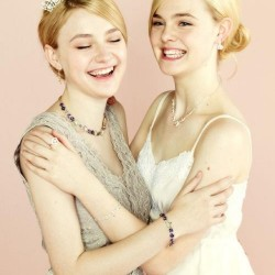 Dakota Fanning / Michael Sheen - Imagenes/Videos de Paparazzi / Estudio/ Eventos etc. - Página 6 233720230666227