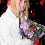 Dakota Fanning / Michael Sheen - Imagenes/Videos de Paparazzi / Estudio/ Eventos etc. - Página 6 8a8748230664352