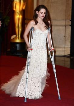 Kristen Stewart - Imagenes/Videos de Paparazzi / Estudio/ Eventos etc. - Página 31 50be61239147724