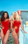 Спасатели Малибу / Baywatch (сериал 1989–2001) Eee160325656773