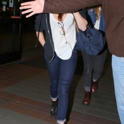 Kristen Stewart - Imagenes/Videos de Paparazzi / Estudio/ Eventos etc. - Página 31 49e936229009689