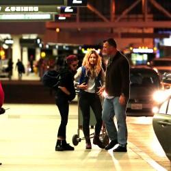 Kristen Stewart - Imagenes/Videos de Paparazzi / Estudio/ Eventos etc. - Página 31 17faad229010750