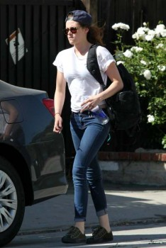 Kristen Stewart - Imagenes/Videos de Paparazzi / Estudio/ Eventos etc. - Página 31 54ce27252969374