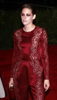 Kristen Stewart - Imagenes/Videos de Paparazzi / Estudio/ Eventos etc. - Página 31 20a55b253081012