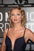 Taylor Swift - 2013 MTV Video Music Awards at the Barclays Center in New York   25-08-2013  10x 106b7b272344983