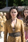 Игра престолов / Game of Thrones (сериал 2011 -)  3d18a6417686937