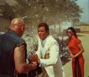 Гонки «Пушечное ядро» / The Cannonball Run (Берт Рейнолдс, Роджер Мур, Фарра Фосетт, Джеки Чан, 1981)  A8a2f0418198024