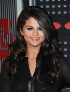 """Selena Gomez """"2015 MTV Video Music Awards at Microsoft Theater in Los Angeles"""" (30.08.2015) 780x updatet 9e1732433425331"""