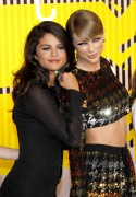 """Selena Gomez """"2015 MTV Video Music Awards at Microsoft Theater in Los Angeles"""" (30.08.2015) 780x updatet E50452433432514"""