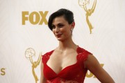 Morena Baccarin - 67th Annual Primetime Emmy Awards at Microsoft Theater 20.9.2015 x90 updatet x5 F6dba0437057505