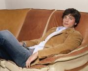 Том Уэллинг (Tom Welling) 'YM' Outtakes, фотограф Danielle Levitt, 2004 - 1xHQ,1xMQ 5551bb454256307