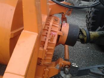 Komunalna oprema za traktore - Page 10 87bd8b461051891