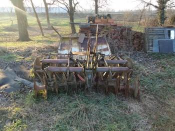 Otpad poljoprivrednom mehanizacijom 817547462097448