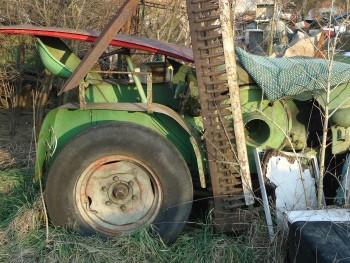Otpad poljoprivrednom mehanizacijom 2798af462105168