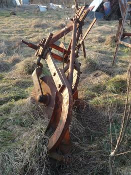 Otpad poljoprivrednom mehanizacijom 6e10b2462106258