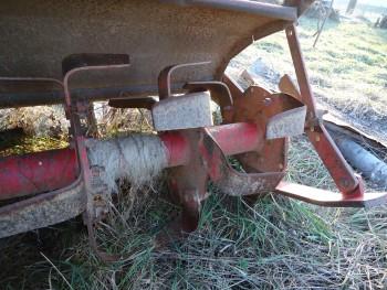 Otpad poljoprivrednom mehanizacijom A683dd462119059