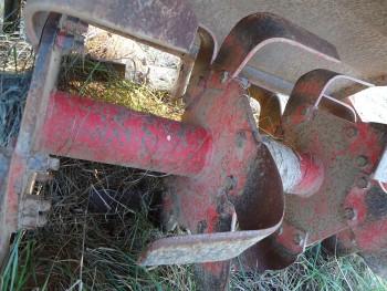 Otpad poljoprivrednom mehanizacijom D61ecd462119304