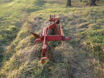Otpad poljoprivrednom mehanizacijom 03148b462123015