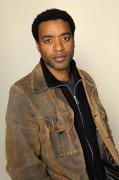Чиветель Эджиофор (Chiwetel Ejiofor) poses at the Hollywood Life House, 19.01.2009 - 7xHQ 9ef020464969601