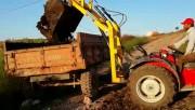 Zadnji traktorski utovarivač - Page 2 E4a01d467695154