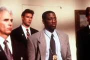 Убийство в Белом доме / Murder at 1600 ( Уэсли Снайпс, Дайан Лэйн, 1997) 8e7a73468725112