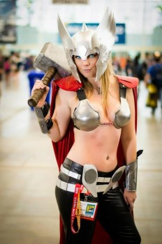 Cosplays Go ! - Page 3 711d37237481892