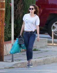 Kristen Stewart - Imagenes/Videos de Paparazzi / Estudio/ Eventos etc. - Página 31 4bffa6249517975