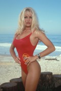 Спасатели Малибу / Baywatch (сериал 1989–2001) 34fbea289319976