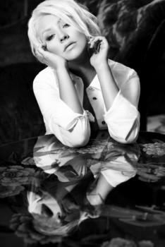 """[Tema Oficial] """"Red Sin"""" el Nuevo perfume de Christina Aguilera 2012 - Página 5 061406226134145"""