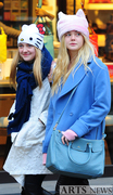 Dakota Fanning / Michael Sheen - Imagenes/Videos de Paparazzi / Estudio/ Eventos etc. - Página 6 B34ff2230665989