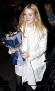 Dakota Fanning / Michael Sheen - Imagenes/Videos de Paparazzi / Estudio/ Eventos etc. - Página 6 D8eaa2230664796