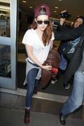 Kristen Stewart - Imagenes/Videos de Paparazzi / Estudio/ Eventos etc. - Página 31 A4f9dc231916066