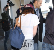 Kristen Stewart - Imagenes/Videos de Paparazzi / Estudio/ Eventos etc. - Página 31 D9f1b7231918405
