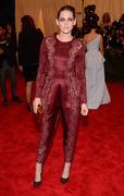 Kristen Stewart - Imagenes/Videos de Paparazzi / Estudio/ Eventos etc. - Página 31 Af9949253069063