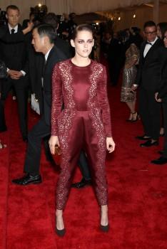 Kristen Stewart - Imagenes/Videos de Paparazzi / Estudio/ Eventos etc. - Página 31 853853253088340