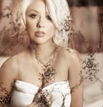 """[Tema Oficial] """"Red Sin"""" el Nuevo perfume de Christina Aguilera 2012 - Página 5 B23c7f226134122"""