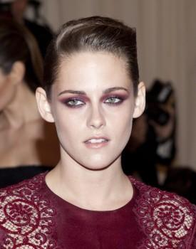 Kristen Stewart - Imagenes/Videos de Paparazzi / Estudio/ Eventos etc. - Página 31 Adf5c3253083043