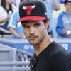 Taylor Lautner - Imagenes/Videos de Paparazzi / Estudio/ Eventos etc. - Página 39 A39ea2256336498