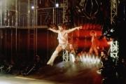 Остаться в живых /Staying Alive (Джон Траволта, 1983)  464eaa282523572