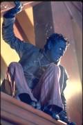Люди Икс 2 / X-Men 2 (Хью Джекман, Холли Берри, Патрик Стюарт, Иэн МакКеллен, Фамке Янссен, Джеймс Марсден, Ребекка Ромейн, Келли Ху, 2003) D7497d334088461