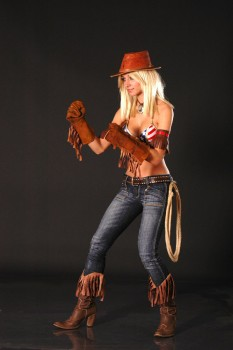 Cosplays Go ! - Page 5 28bbd5340246337