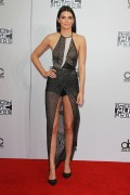 Kendall Jenner attends the 2014 American Music Awards at Nokia Theatre L.A. Live in Los Angeles, California 23.11.2014 (x112) updatet 4f3417366557523
