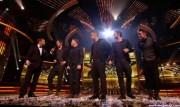 Take That au X Factor 12-12-2010 F69045111017196