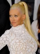 """Christina Aguilera """"2015 Vanity Fair Oscar Party hosted by Graydon Carter at Wallis Annenberg Center for the Performing Arts in Beverly Hills"""" (22.02.2015) 87x updatet 601a75392724373"""