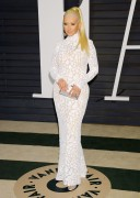 """Christina Aguilera """"2015 Vanity Fair Oscar Party hosted by Graydon Carter at Wallis Annenberg Center for the Performing Arts in Beverly Hills"""" (22.02.2015) 87x updatet 039e7c392722086"""