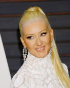 """Christina Aguilera """"2015 Vanity Fair Oscar Party hosted by Graydon Carter at Wallis Annenberg Center for the Performing Arts in Beverly Hills"""" (22.02.2015) 87x updatet 9e9419392722534"""