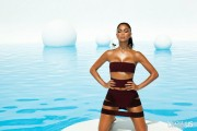 Nicole Scherzinger - Страница 18 3c2d2a394346594